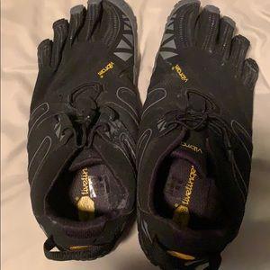 Vibram shoes